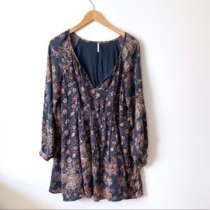 Free People long sleeve floral dress s small